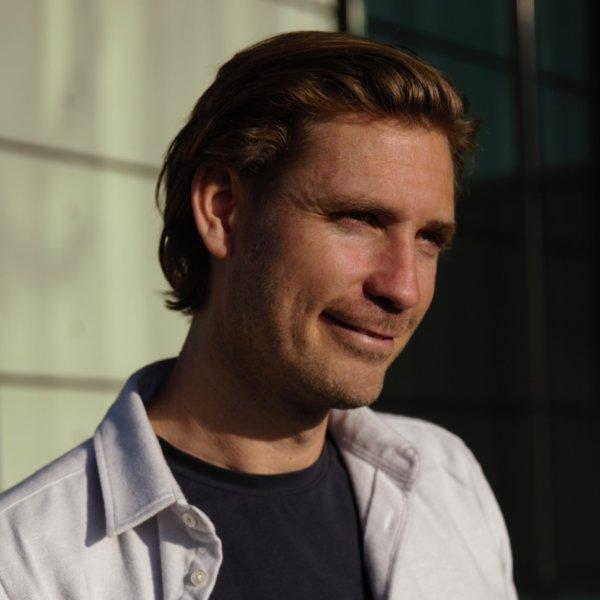 Tom van Oijen over zijn gratis vegan e-kookboek BASE