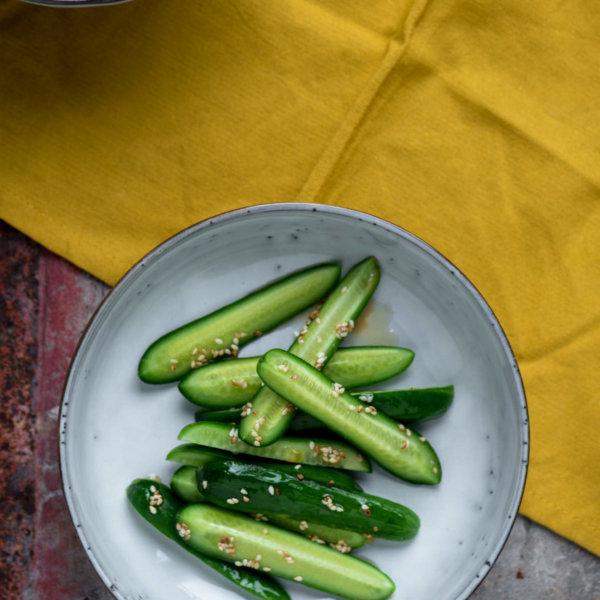 Komkommersesamsalade